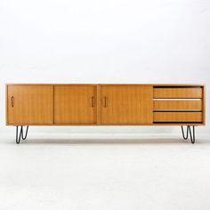 Esche Sideboard mit Hairpin Füßen, 1950er 4