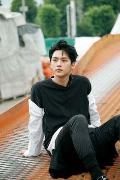 Minho , lee know Lee Min Ho, Lee Minho Stray Kids, Lee Know Stray Kids, Fandom, Sung Lee, Jimin, Chanyeol Baekhyun, Pre Debut, Fan Fiction
