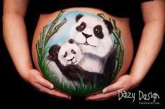 24 Clever Pregnant Belly Painting Ideas by Daizy Design