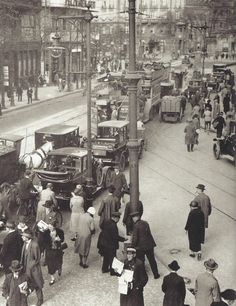 Germany. Traffic jam, Berlin, 1927
