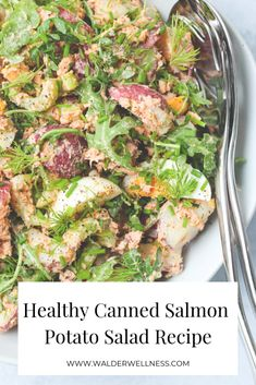 Using canned salmon and greek yogurt, this mayo-free potato salad recipe is a delicious, healthy alternative to traditional store-bought potato salads. Summer Salad Recipes, Healthy Salad Recipes, Summer Salads, Whole Food Recipes, Patato Salad, Recipe Using Hard Boiled Eggs, Canned Salmon Recipes, Salmon Potato, How To Cook Potatoes