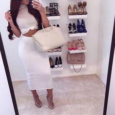 want to see more follow:@latina_savage