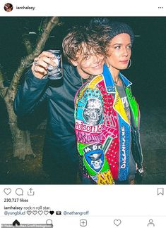 Halsey shares snap of beau Yungblud resting his head on her shoulder Rock And Roll, Dominic Harrison, Star Wars, Machine Gun Kelly, Image Manga, Emo Bands, Black Heart, Vera Bradley Backpack, Anime