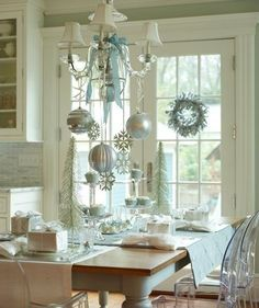 dining room, Christmas