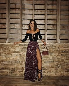 "135.7k Likes, 525 Comments - Camila Coelho (@camilacoelho) on Instagram: ""Last night's mood in @itsnbd top and @houseofharlow1960 skirt from @revolve ! Clima de ontem,…"""