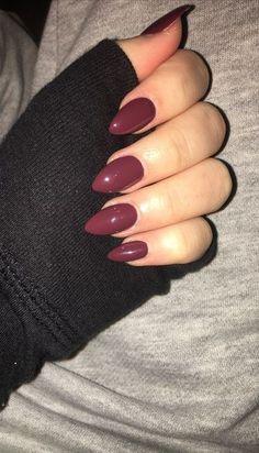 maroon nail art idea