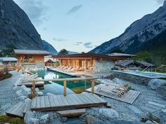 Hotel Alpen, Free Vacations, Vacation Trips, Beautiful Hotels, Beautiful Places, Hotel Wellness, Hotel Bayern, Spa Interior, Chalets