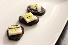 Delicious Tapas: Roasted beets with gorgonzola cheese
