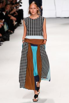 Issey Miyake Spring 2015 Ready-to-Wear - Collection - Gallery - Look 27 - Style.com