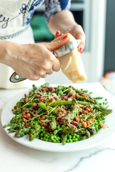 Top 10 stress-free Dinner Party tips for holiday entertaining like doing dishes ahead, prepping a playlist, & choosing recipes.