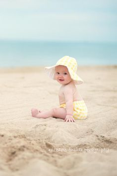 Christina Bailitz Photography - Chicago Baby Photographer - Baby First Year Milestone Pictures - Six Months
