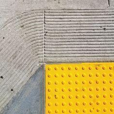 street compostion Photo by @happymundane on instagram