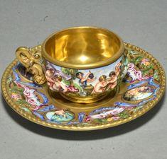 Antique Capodimonte Italian Porcelain Cup & Saucer Hand Painted Cherubs w/ Gold Tea Cup Set, Cup And Saucer Set, Tea Cup Saucer, Tea Sets Vintage, Vintage Teacups, Italian Cup, Cup And Saucer Crafts, Antique Tea Cups, Porcelain Veneers