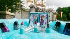 "A flurry of excitement is swirling at Disney Parks. The 'cool' new collection from Beautifully Disney debuting in stores now will undoubtedly melt your heart with its spectrum of colors inspired by the award-winning film, ""Frozen. Disney Style, Disney Love, Disney Frozen, Film Frozen, Disney Inspired Makeup, Disney Makeup, Frozen Makeup, Ice Princess, Disney Princess"