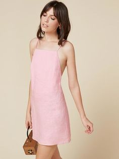 Sommerkleider Pink linen dress - Wallpaper World Tight Dresses, Casual Dresses, Short Dresses, Fashion Dresses, Prom Dresses, Minimal Dress, Look Fashion, Fashion Design, Fashion Trends