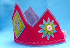 ! *Prática e Criativa* !: Coroas em feltro para os príncipes e princesinhas (tutorial)