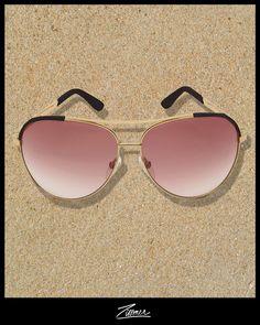 Stunner shades on... Find them at Zitomer.com #essentials @minnierosenyc #rosecoloredglasses sunglasses #aviators #memorialday sunnies