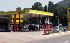 Vuoi combattere il caro benzina? compra il salame! #benzina #distributori