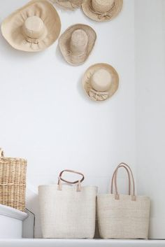 market bags // decorative straw hats // wicker // home decor