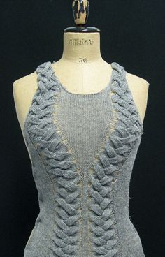 dudesthatknit:    Knit Inspiration:  knitgrandeur: K-1 (No pattern that I saw but gorgeous! Maybe I'll figure it out someday!)