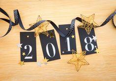 Happy New Year 2018 Wooden Wishing Wallpaper