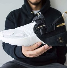 567eeb2ac4d55c A closer look at the OVO Jordan Trunner LX