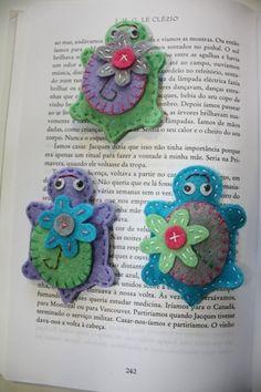Cute and simple Fabric Animals, Felt Animals, Felt Turtle, Felt Dragon, Turtle Quilt, Turtle Crafts, Felt Animal Patterns, Felt Bookmark, Felt Hair Clips