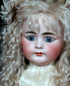 """SOLD~Simon & Halbig 719 Child with Closed Mouth, 23"""""""