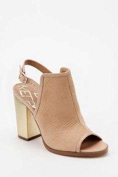 Kelsi Dagger Giada Slingback Heel  $125 #UrbanOutfitters