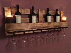 Wine glass shelf / wine rack no pallet – Heimwerker-Helden. Wine Glass Shelf, Wine Shelves, Wine Glass Rack, Pallet Shelves, Glass Shelves, Vin Palette, Wine Rack Inspiration, Unique Wine Racks, Wine Rack Design