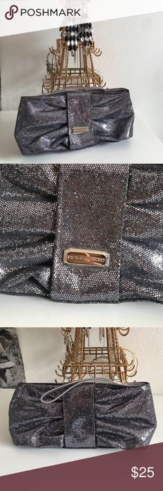 ✨ Victoria's Secret Black Glitter Wristlet Clutch✨ Brand new without tags!! Stunning black glitter shimmer wrestler from Pink Victoria's Secret! Earrings also available for purchase. Bundles are 20% off 🎉 🎀Length = 9 inches. Height = 4 & 1/2 inches Victoria's Secret Bags
