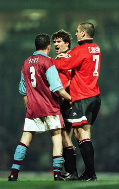 what a potent ruckus these three could stir up. Cantona, Keane and Disks. Seems a bit unfair on Julian, I have to say. Manchester United Legends, Official Manchester United Website, Manchester United Players, Ronaldo 9, Man Utd Fc, West Ham United Fc, Roy Keane, Match Of The Day, Eric Cantona