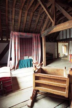 cottage in the woods interior medieval Medieval Houses, Medieval World, Medieval Castle, Medieval Bedroom, Medieval Furniture, Interior And Exterior, Interior Design, Kitchens And Bedrooms, Cottage In The Woods