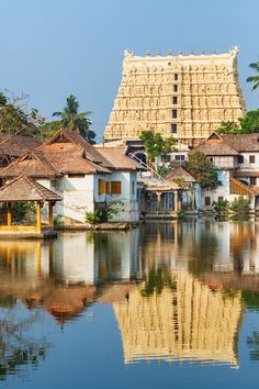 Padmanabhaswamy Temple, set within a Lake and offering plenty of museums and art galleries - Golden Triangle Tour