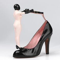 Shoes: Ankle Strap Shoes (1978) - Womens' Patent Ankle Strap Shoes Pair of black patent shoes. Blunt pointed toe. 4.3 inch high thin covered heel. http://europeanafashion.tumblr.com/post/40603584394/shoes-ankle-strap-shoes-1978-womens-patent