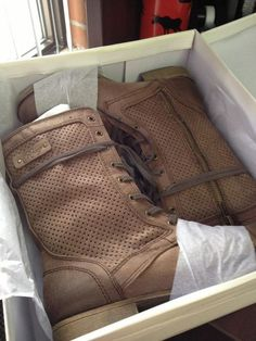 Chocolate Dover Boots (fan posting from Ashlee Colbon) Almost as cute in the box as they will be on!