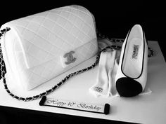 Love shoes and handbags? Prepare to be amazed by these fashionable and luxury cake and cupcake creations. Marc Jacobs purse cake by Andrea's SweetCakes. Girly Cakes, Fancy Cakes, Pink Cakes, Unique Cakes, Creative Cakes, Shoe Cakes, Cupcake Cakes, Chanel Cake, Chanel Cupcakes