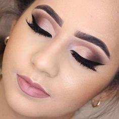 Discover These Makeup Techniques Image 3064 Entdecken Sie diese Make-up-Techniken Image 3064 Wedding Eye Makeup, Bridal Hair And Makeup, Makeup For Brides, Formal Eye Makeup, Dramatic Wedding Makeup, Neutral Eye Makeup, Sleek Makeup, Make Up Looks, Smokey Eye Makeup