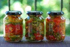Ezt fald fel!: Ecetes csípős paprika télire eltéve – chili ecetben Chili, Salsa, Jar, Food, Red Peppers, Chile, Essen, Salsa Music, Meals