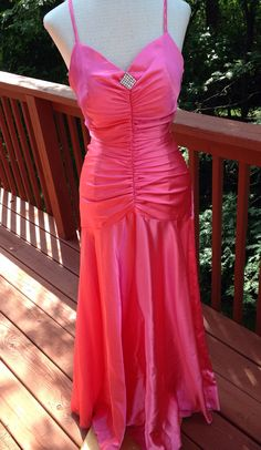 Hot pink ball gown. Marilyn Monroe costume by Purl1VintageToo
