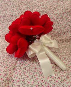 Buque de Corações Lovely vermelho