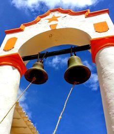 Jadacaquiva  se encuentra en la Península de Paraguaná en el Estado Falcón al noroeste de Venezuela.