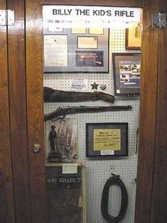 """""""Billy the Kid Museum in Fort Sumner"""" Bill The Kid, Billy The Kid Museum, William H Bonney, Life In Usa, Informational Writing, Road Trip With Kids, Jesse James, Revolvers, Beading Projects"""