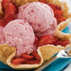 Vanille ijs met fruit - http://www.pizza.nl/recepten/vanille-ijs-met-fruit