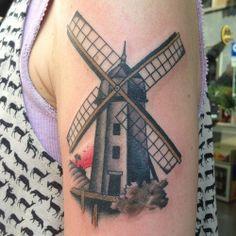 #maxbrain #traditional #tattoo #windmill #mulinoavento #sunset...