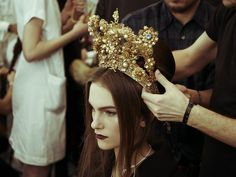 A look at the amazing hair accessories from the Dolce & Gabbana Alta Moda Spring 2017 haute couture show in Milan.