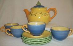 Pistoulet Tea Set