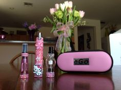 Pink Hello Kitty Inspired Vaporizer . 1100mah Battery Vaporizer , Pink Ce4 Clearomizer , Glass Globe Dry Herb/Wax/Oil Atomizer , Empty Needle Point E-Juice Bottle , USB Charger & Matching Pink Travel Case . bling+vape, bling+vaporizer,hello+kitty+vaporizer,hello+kitty