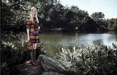 ☆ Sasha Luss | Photography by Max Vadukul | For Vogue Magazine China | October 2013 ☆ #Sasha_Luss #Max_Vadukul #Vogue #2013