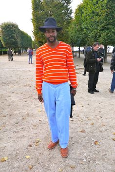 Karl Edwin Guerre style!!!!  Very Nice Combo Hat x Tangerine x Blue Pant x Brogue Shoes  His Blog: Guerreisms  He has a real style!!!